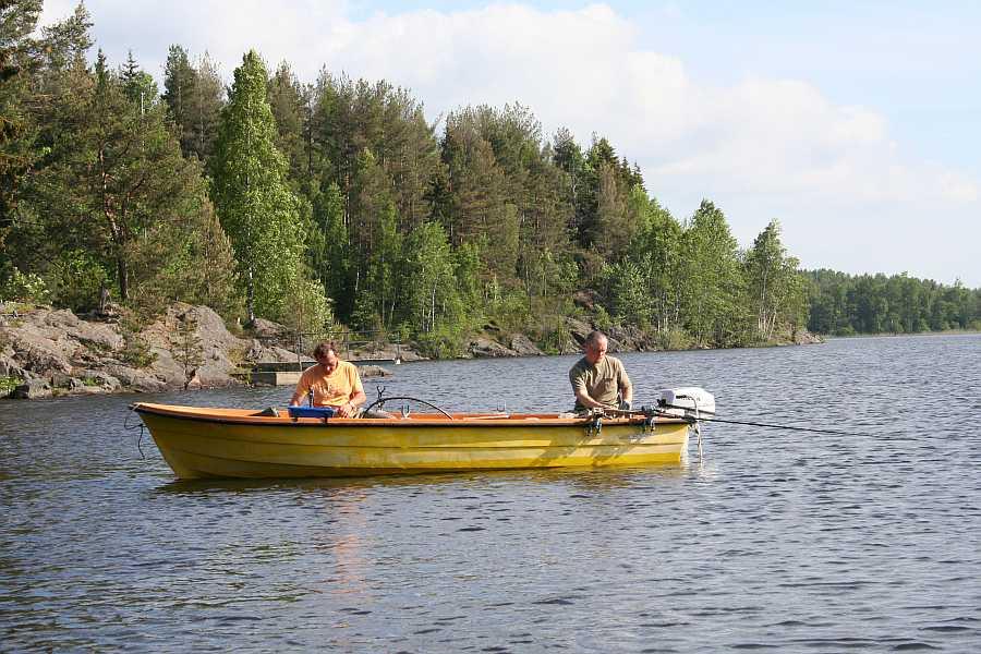 Bereits im Hauspreis enthalten: Angelboot14 Fuß/5-8 PS, 4-Takter