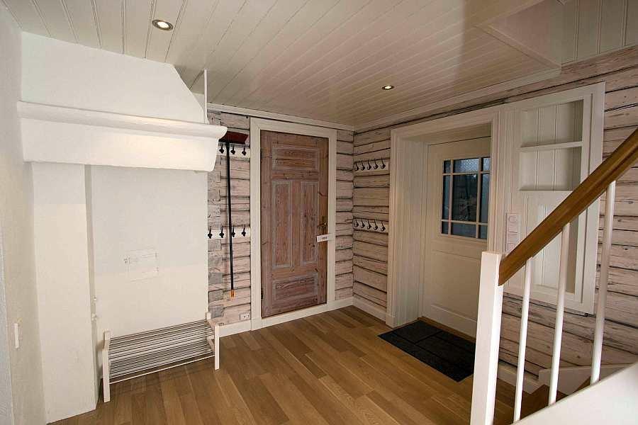 Viel Platz als Stauraum im Eingangsbereich des Hauses
