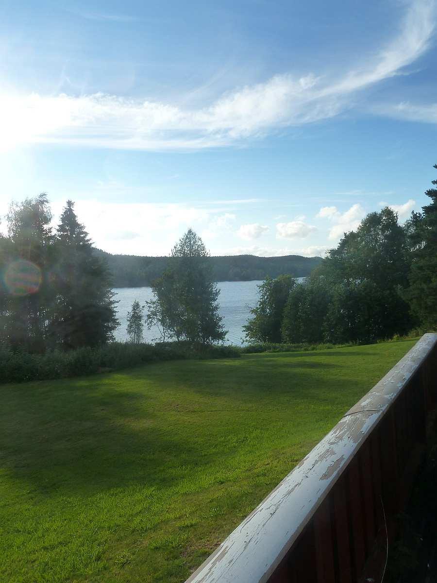 Blick von der zweiten Terrasse auf den See