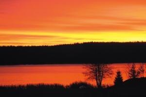 Abendstimmung am See - erst rot...