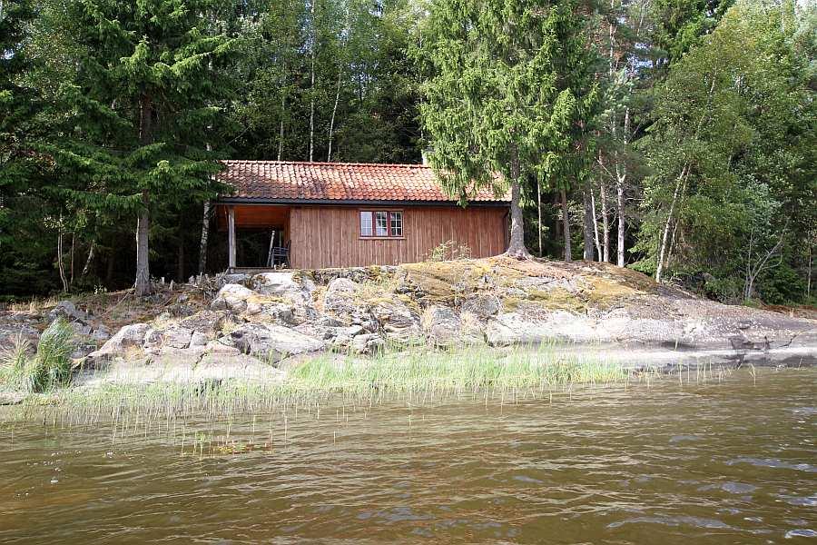 Die Lage des Ferienhauses Henæskoia ist nicht zu übertreffen!