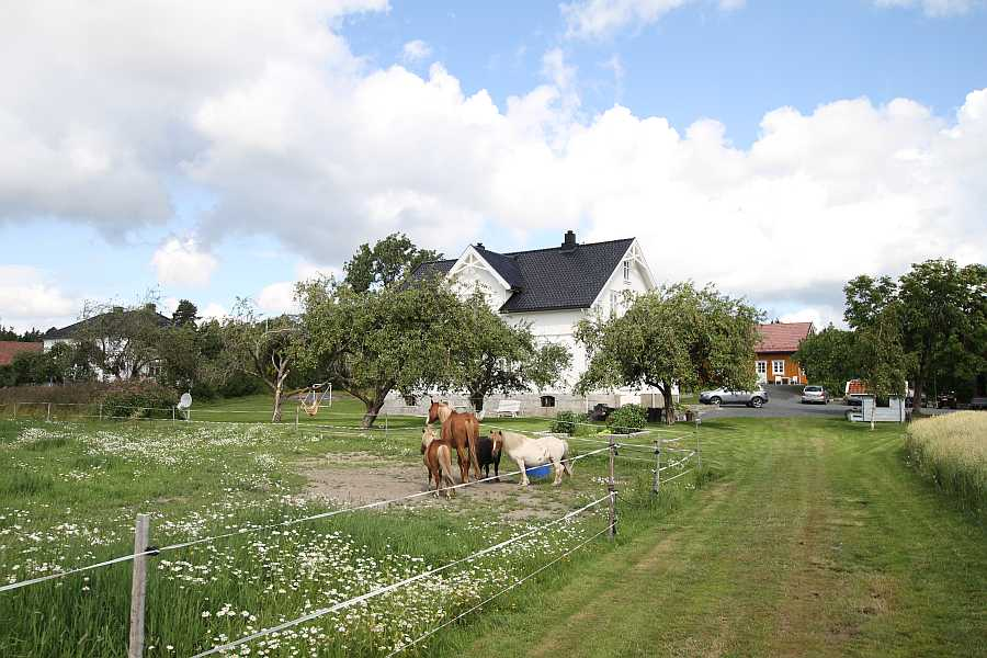 Der Bauernhof Østre Kjærnes Gaard