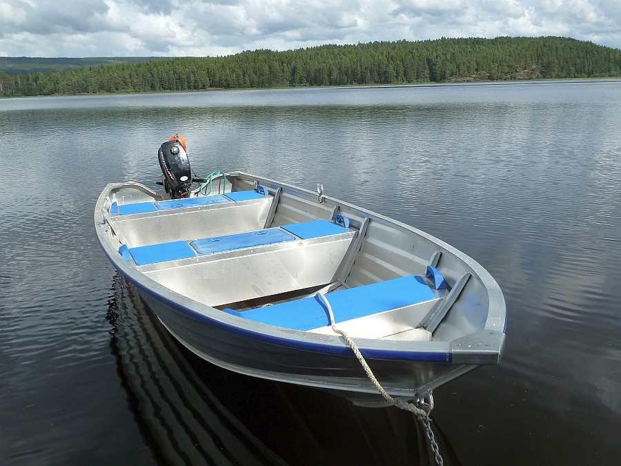 Bereits im Hauspreis enthalten - Alu-Motorboot 14 Fuß/9,8 PS, 4-Takter
