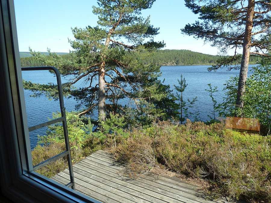 Blick aus dem Schlafzimmer auf den See