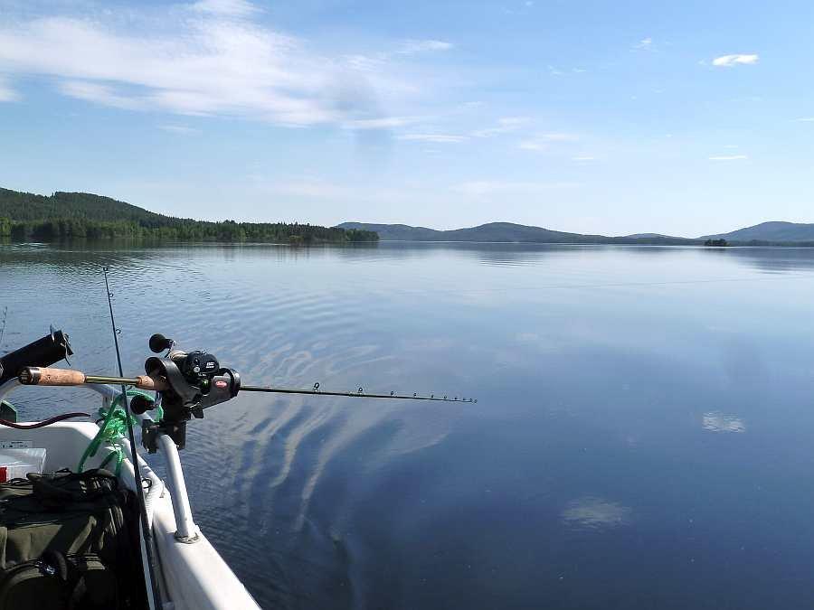 Los geht's! Der See Storsjøen wartet - wir fahren angeln...