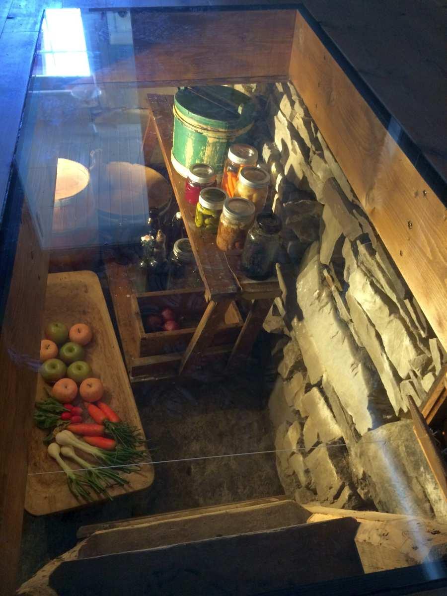 Ferienhaus Typ 1- Ein Stück Geschichtsmuseum - der ehemalige Kühlkeller unter dem Haus.