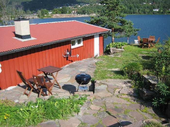 Ferienhaus Tangen Typ 2 für max. 3 Personen liegt nur ca. 5 m vom Ufer des Hechtsees entfernt