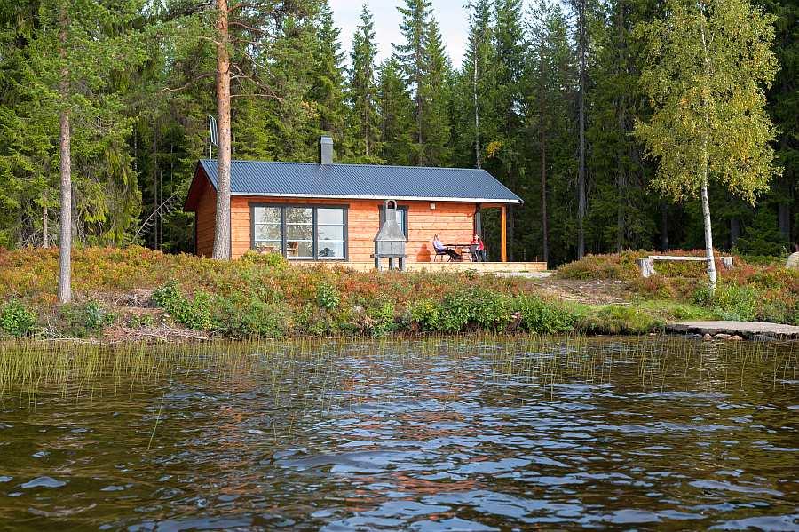 Ferienhaus Landsjøen - ruhige Lage direkt am Ufer des gleichnamigen Forellensees