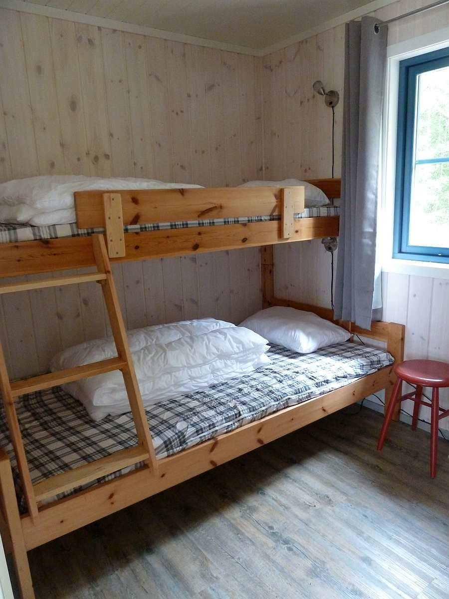 Das 3. Schlafzimmer - hier mit Norwegischem Familienbett (unten 120 cm breit)