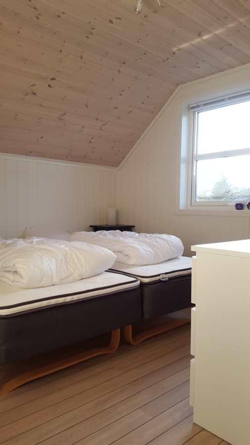 Wohnbeispiel: Schlafzimmer mit Einzelbetten