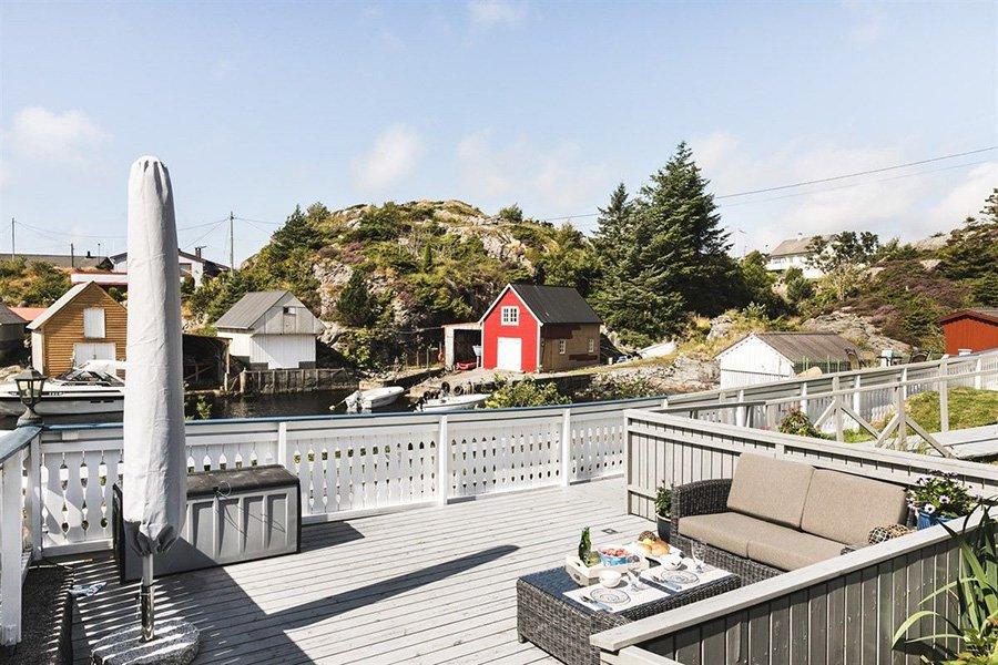 Die gemütliche Terrasse mit toller Aussicht