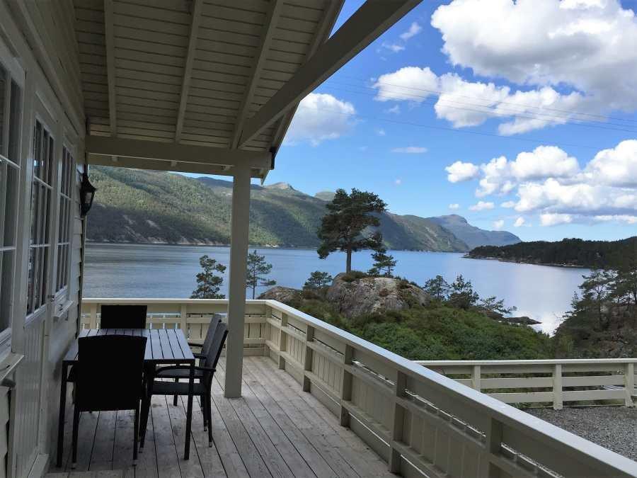 Schöner Blick über den Fjord