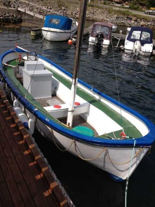 Dieselboote sparen nicht nur an Kraftstoff sondern bieten vor Allem reichlich Platz
