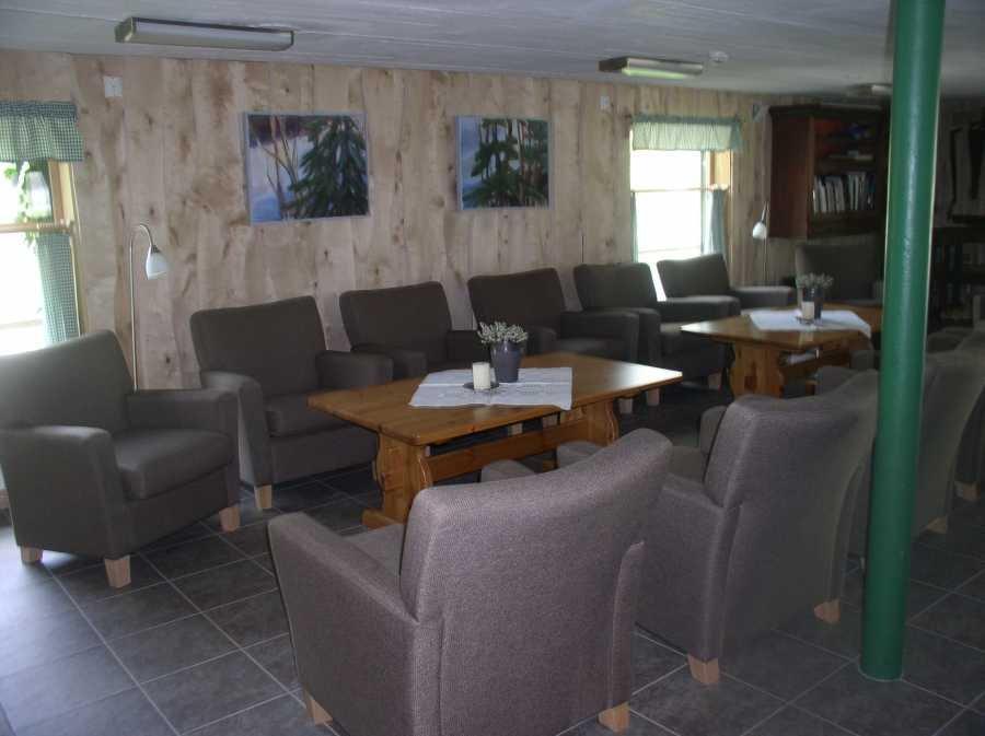 Ein Gemeinschaftsraum für abendliche Zusammenkünfte steht Ihnen zur Verfügung