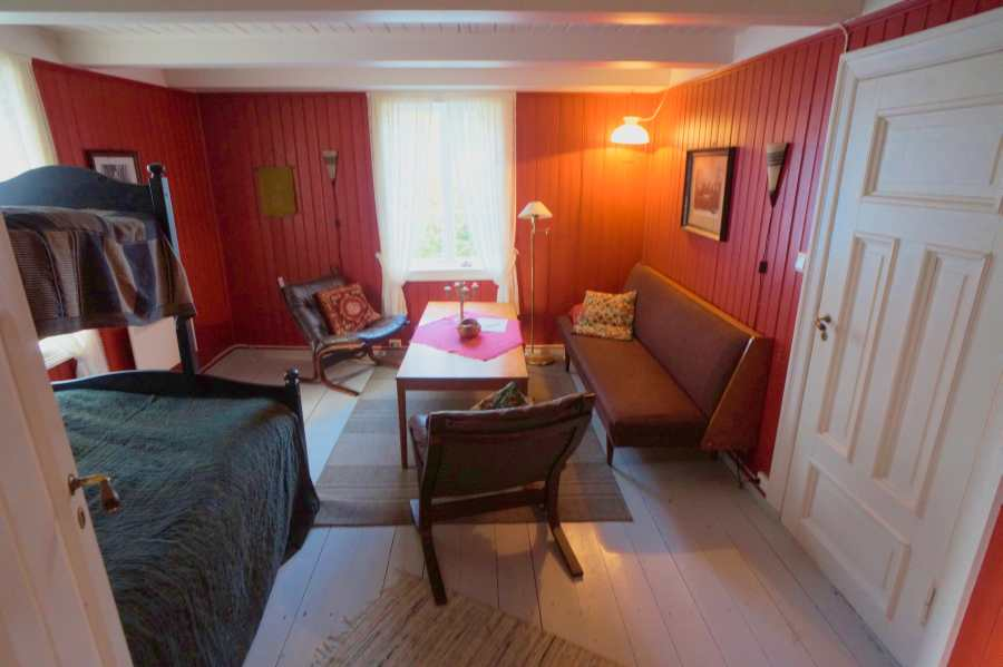 Wohnzimmer mit Zusatzbett