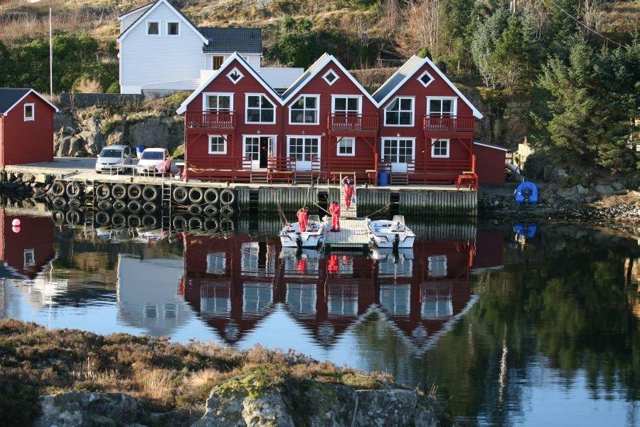 Die drei Rorbuer von Gardvåg Brygge