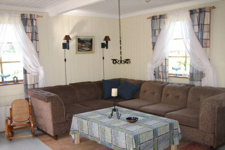 Gemütliches Wohnzimmer für gesellige Abende.