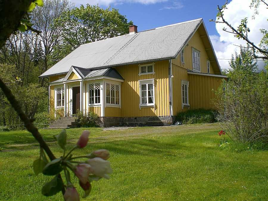 Wunderschön gelegen: das Ferienhaus Sörgården.
