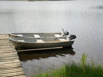 Ruderboot mit Motor 2,5 PS 4-Takt.