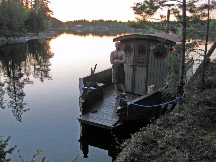 Das Saunaboot kann vor Ort gebucht werden.