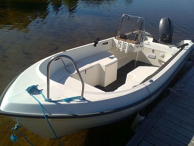 Das inklusive Boot, lässt keine Wünsche offen und ist perfekt für die Angelei auf dem Östrasilen.