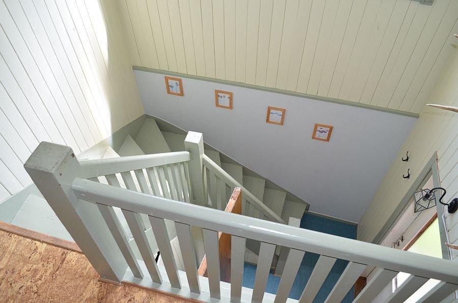 Die Treppe zur oberen Etage.