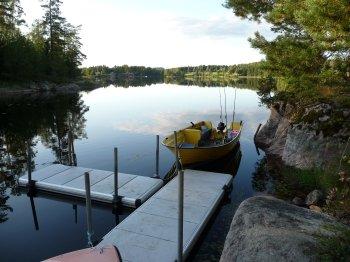 Der Bootssteg befindet sich nur ca. 30m vom Ferienhaus entfernt.