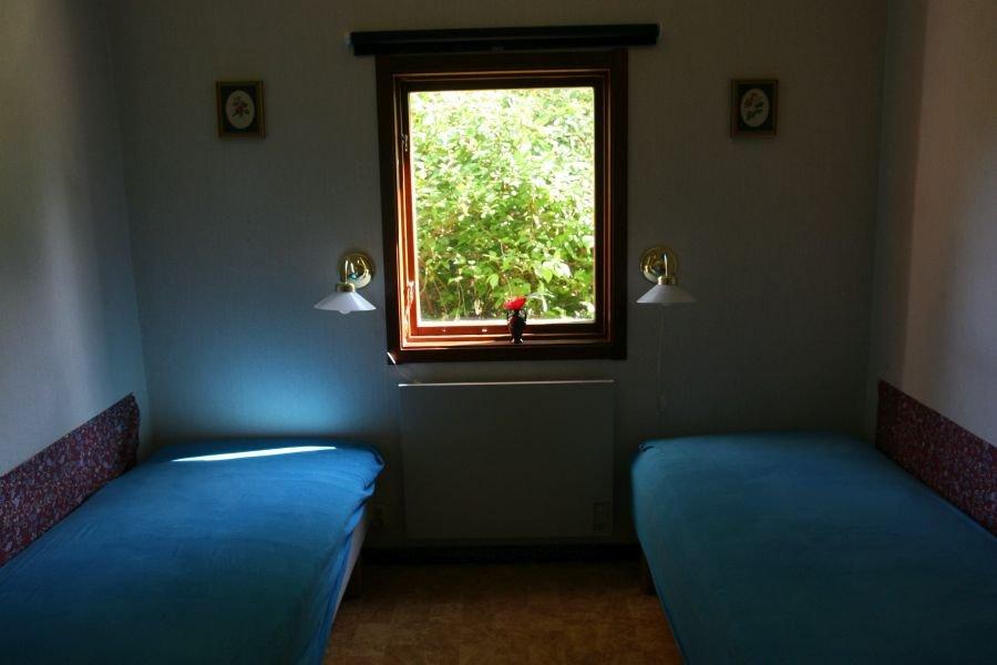 Eines der Schlafzimmer im Haupthaus.