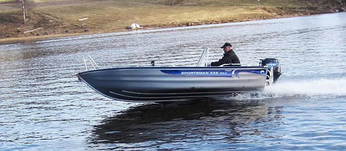 Mit dem Alu-Boot sind Sie schnell an den Hot Spots des Östra -Silen