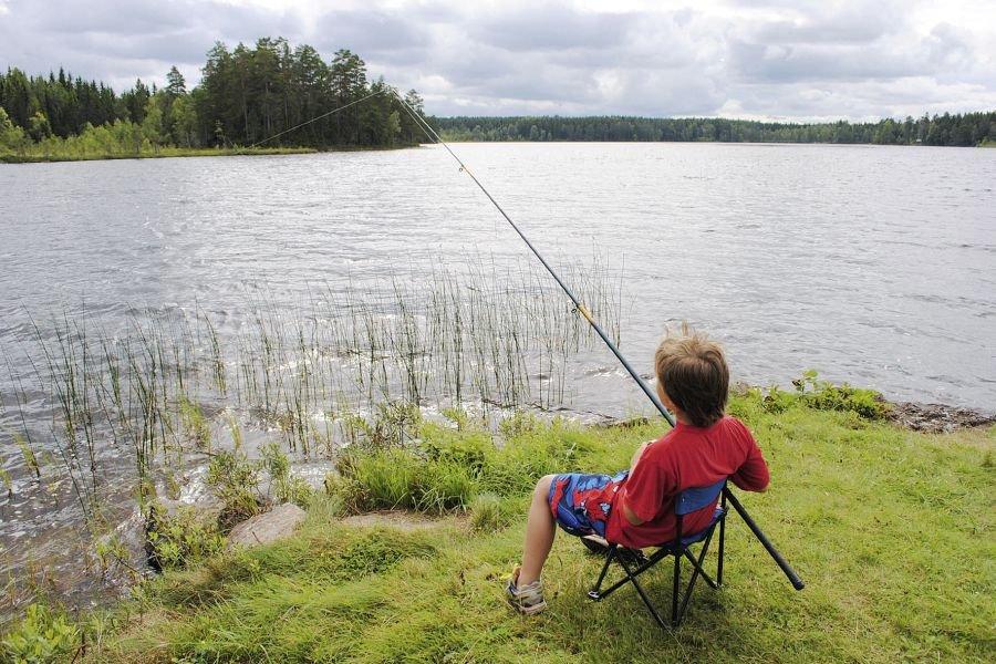 Selbst von Land aus fangen Sie Ihren Fisch.