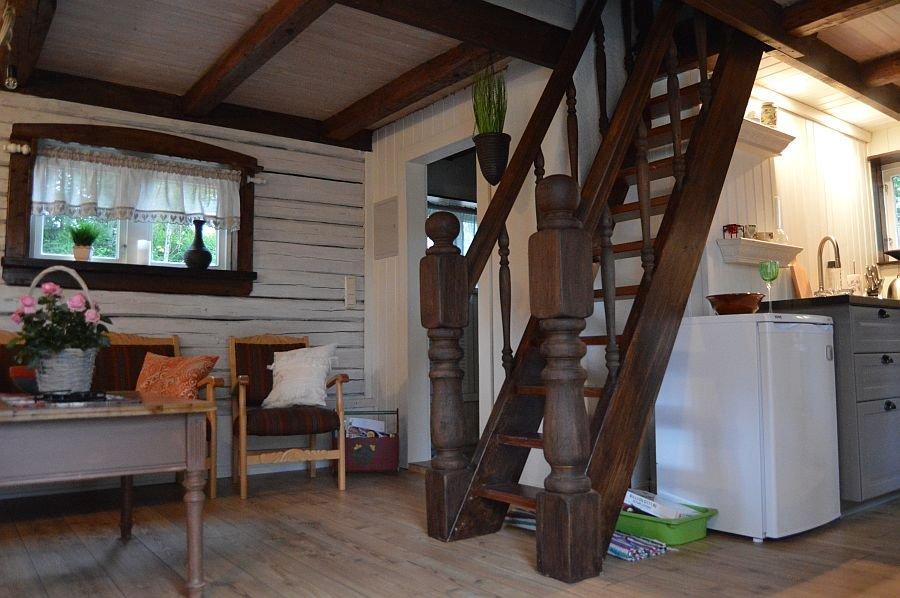 Treppe zur zweiten Etage und den Schlafräumen,