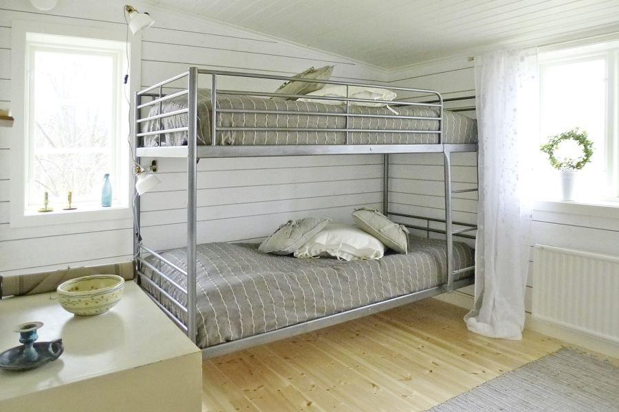 Eines der beiden Schlafzimmer, mit einem Doppelstockbett.