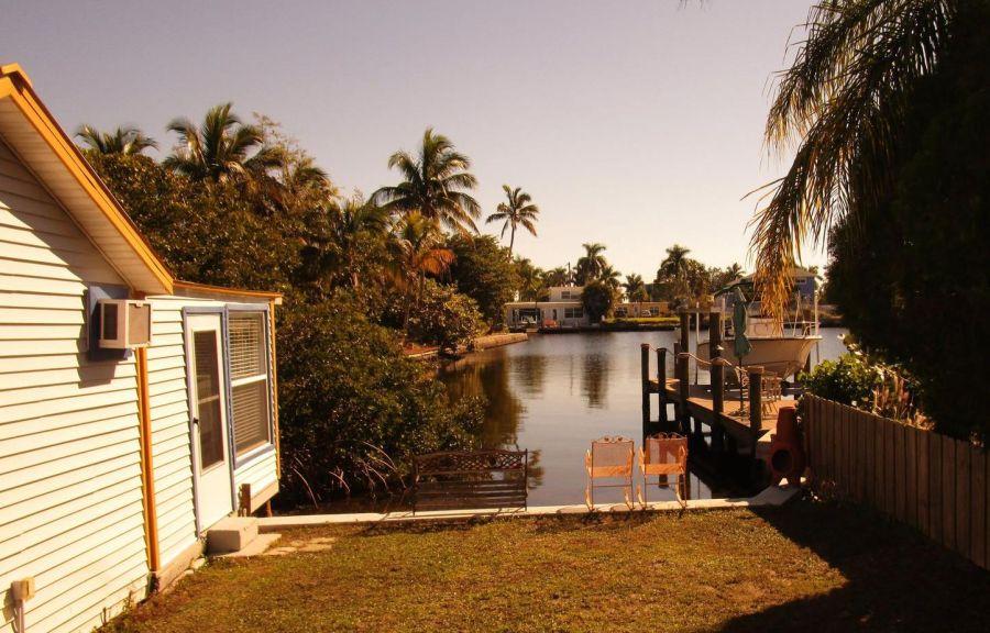 Unsere Cottages direkt am Fluss